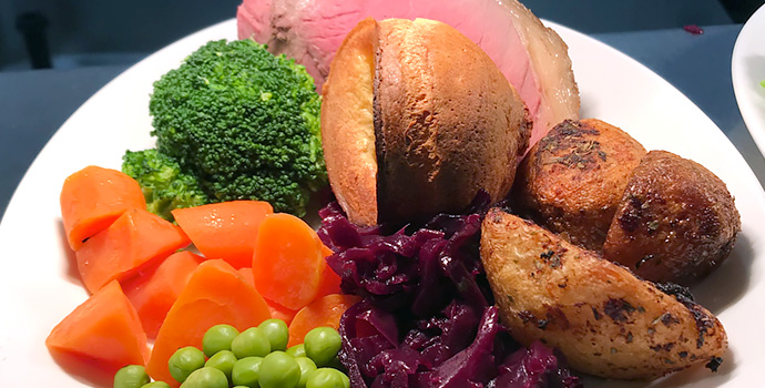 Sunday roast dinners at Ye Olde Red Lion
