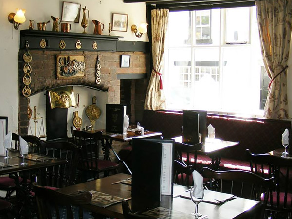 Traditional Old English Pub in Market Bosworth